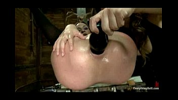 xl apple anal insertions fisting brutal and Hourse wathing tv